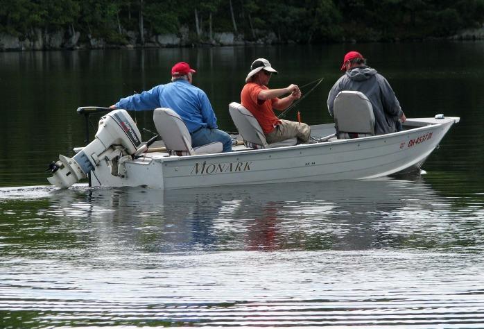 fishermen-1564775_1920